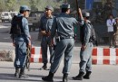 Afghanistan, minibus colpito da bomba: morti 11 membri di una famiglia