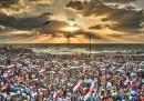 La foto delle proteste al tramonto ad Alessandria