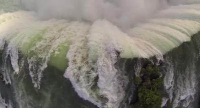 Le cascate del Niagara, viste da sopra