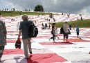La mega tovaglia da picnic in Svizzera