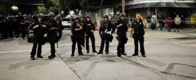 Un poliziotto, una videocamera