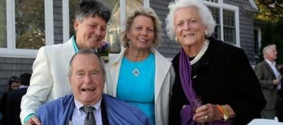 George H. W. Bush ha fatto da testimone a un matrimonio gay