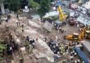 Un palazzo è crollato a Mumbai