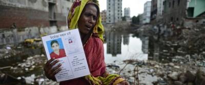 I risarcimenti alle famiglie dei morti di Dacca