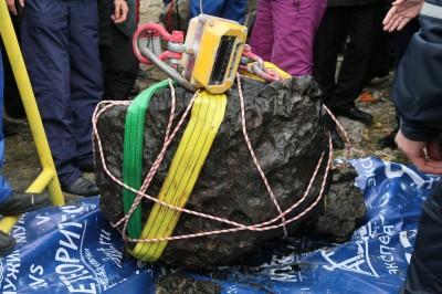 Il recupero del meteorite caduto in Russia