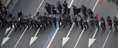 Le proteste degli insegnanti a Rio de Janeiro