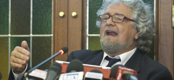 La conferenza stampa di beppe grillo al senato il post for Senato della repubblica indirizzo