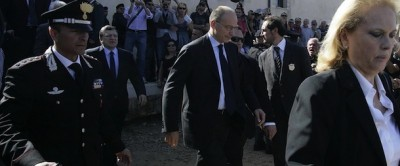 Letta, Barroso e Alfano a Lampedusa