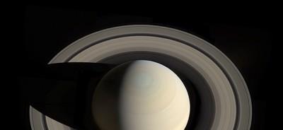 Saturno come non lo avete mai visto