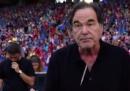 Lo spot di Oliver Stone per i mondiali di calcio – video