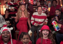 """All i want for Christmas is you"", cantata da Jimmy Fallon, Mariah Carey & The Roots"