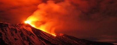 8 gran foto dell'eruzione dell'Etna