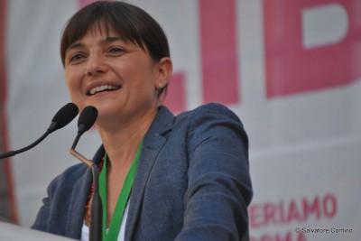 """Serracchiani: il PD non è una """"ditta"""" né una bocciofila"""