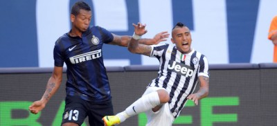 Guarin resta all'Inter, per ora