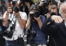 Toni Servillo manda a quel paese (ehm) una giornalista di RaiNews24
