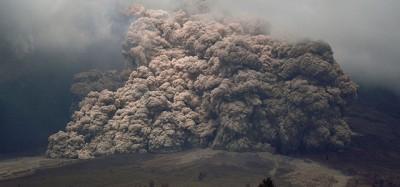 L'eruzione del Sinabung continua