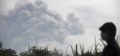 L'eruzione del Kelud, in Indonesia