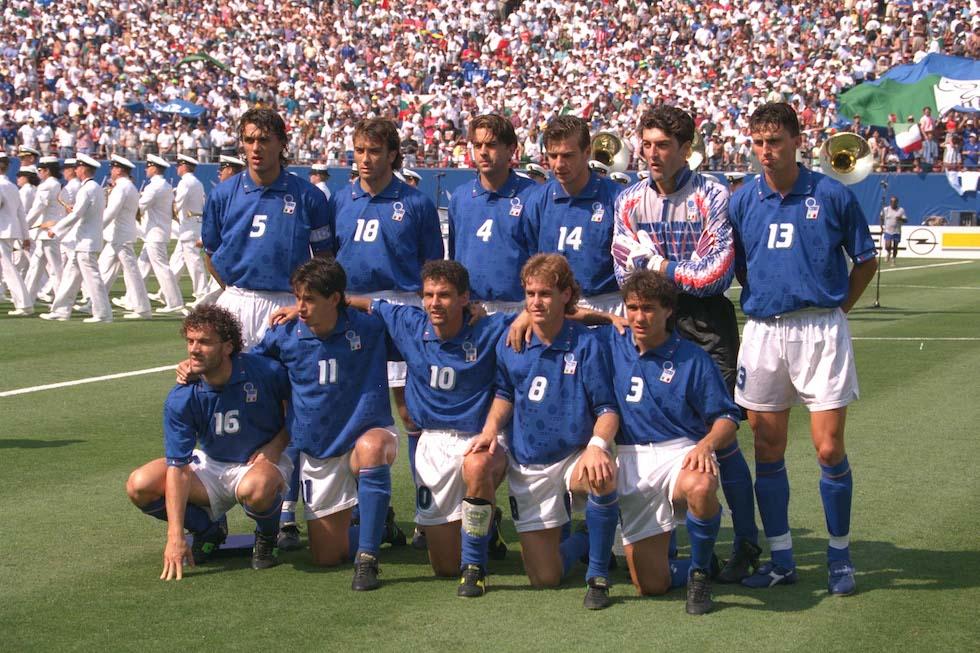 Tutte le maglie dell 39 italia ai mondiali il post - Si usa per cucinare 94 ...