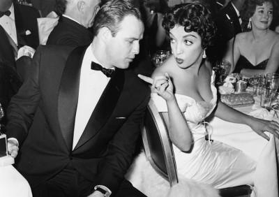 Katy Jurado e Marlon Brando, vent'anni prima (Brando sarebbe ingrassato un po' di più).