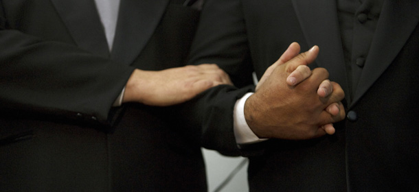 Il primo riconoscimento di un matrimonio gay in italia for Permesso di soggiorno dopo matrimonio