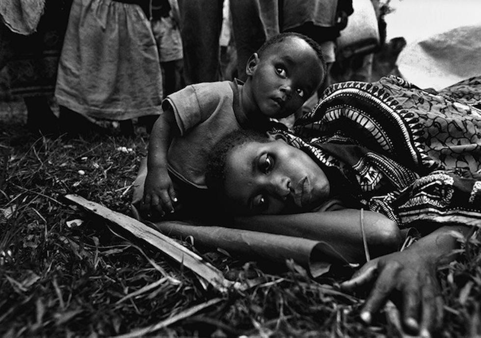RWANDA-PHOTOGRAPHER