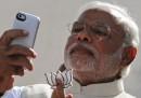 Narendra Modi nei guai per un selfie?
