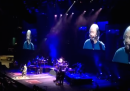 "Barry Gibb canta ""I'm on fire"" di Bruce Springsteen"