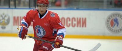 Le foto della partita di hockey di Vladimir Putin