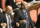 Calderoli e le proteste di M5S e Lega in Senato