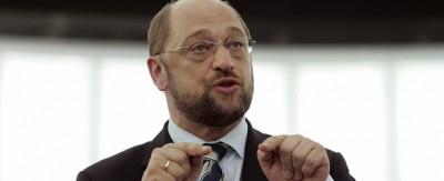 """Grillo: Berlusconi non aveva tutti i torti a chiamare Martin Schulz """"kapò"""""""