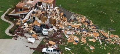 Le nuove foto dei tornado negli Stati Uniti