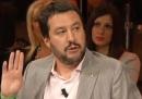 Il video di Floris che sgrida Salvini perché scrive su Internet durante Ballarò