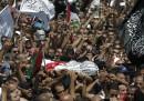 I funerali per il ragazzo palestinese ucciso
