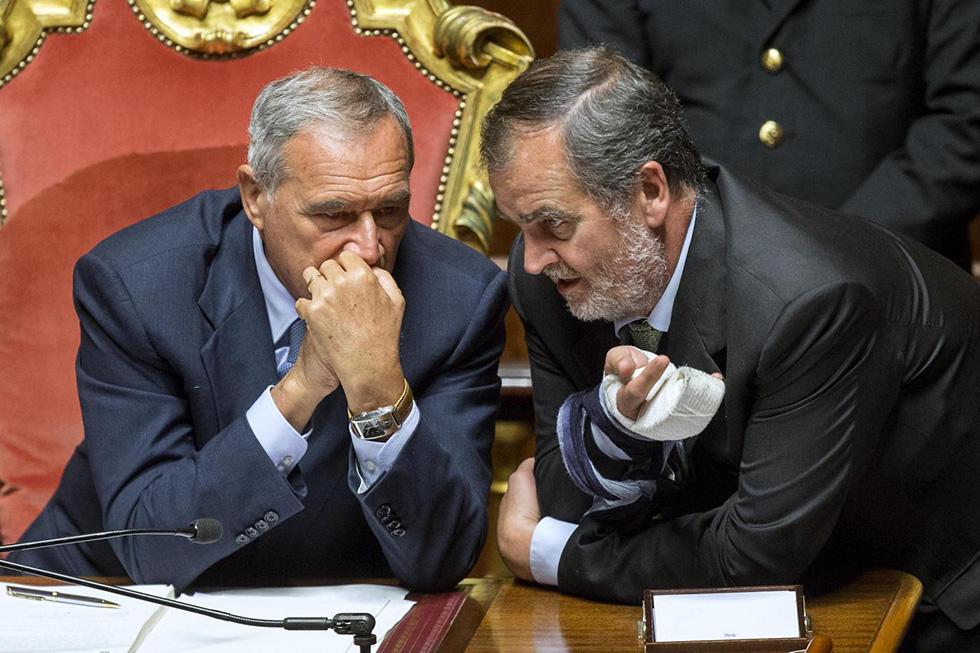 Le foto di oggi in senato il post for Lavori senato oggi