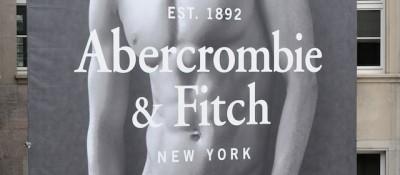 Abercrombie toglierà il proprio nome dai suoi vestiti