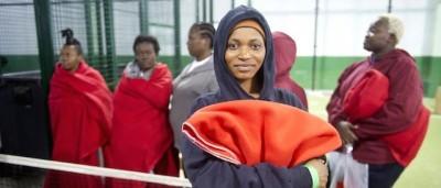Le foto degli immigrati africani arrivati in Spagna