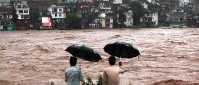 Le foto delle alluvioni in India e Pakistan