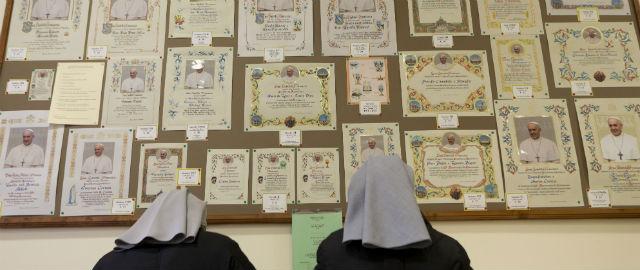 Anniversario Matrimonio Vaticano.Il Business Delle Pergamene Benedette Il Post