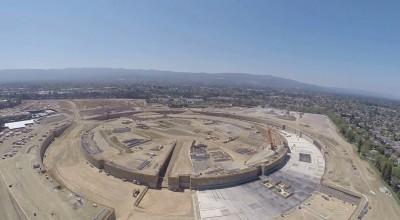 Il nuovo campus di Apple in costruzione, visto da un drone