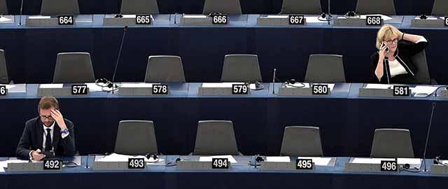 Assenti e presenti al parlamento europeo il post for Presenze parlamento