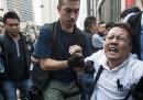 Gli scontri di lunedì a Hong Kong