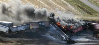 Le foto del treno deragliato in Canada