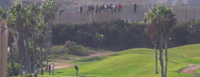 Migranti marocchini e campi da golf, alla barriera di Melilla