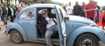 José Mujica vende il suo Maggiolino
