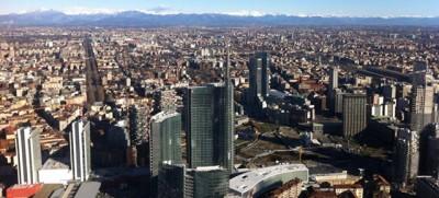 Grattanuvole, la mostra sui grattacieli milanesi