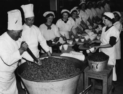 Christmas pudding, 1937