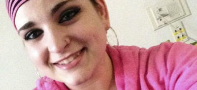 La storia di Cassandra C., che ha 17 anni e non vuole curare il suo tumore