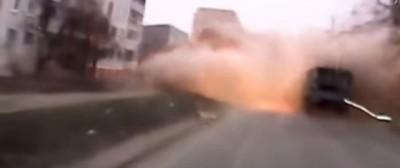 I video del bombardamento di Mariupol