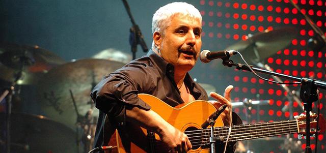 Otto belle canzoni di Pino Daniele - Il Post