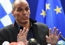 Il ministro dell'Economia della Grecia ha detto che consegnerà martedì il piano di riforme per ottenere un prolungamento del prestito europeo